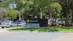 Microsoft entrance way to headquarters Arkistovideo