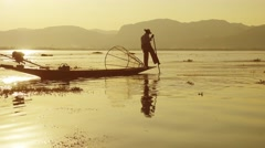 Fishermen with fishing net at Inle lake in Myanmar Stock Footage
