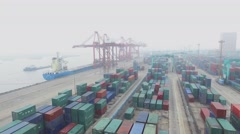 Loading of vessel on moorage in Zhanghuabang Container Terminal Stock Footage