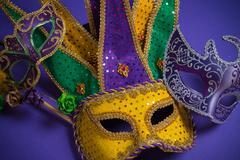 Mardi Gras or carnival mask on purple background Kuvituskuvat
