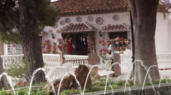 Mijas park - fountains and shop Stock Footage