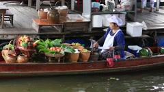Thai woman cook in Taling Chan Floating Market . Bangkok, Thailand Stock Footage