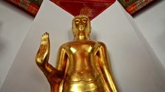 Zoom in of a Bhudda statue Stock Footage