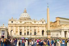 People in front of the St. Peter's Square, Vatican Stock Photos