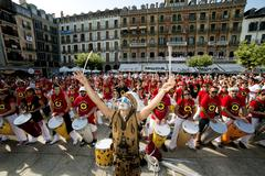 Spain Navarra Pamplona 10 July 2015 S Firmino band playing drums in front of  - stock photo