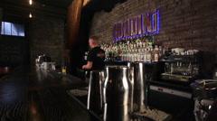 Work of bartender  in gastrobar HOUDINI. Stock Footage