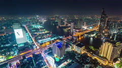 Night famous hotel bangkok bay traffic panorama 4k time lapse thailand Stock Footage
