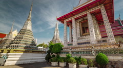 Wat arun sunny day bangkok famous temple 4k time lapse thailand Stock Footage