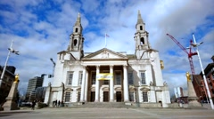 Leeds Civic Hall in Leeds. Pro Rege et Lege, is Latin For King and the law Stock Footage