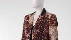 Mannequin in leopard blazer turning. Stock Footage