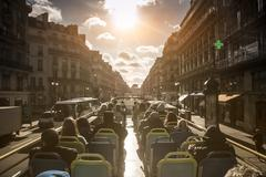 Double-decker bus tour in Paris, Ile-de-France, France Kuvituskuvat