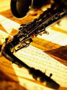 Saxophone and sheet music Kuvituskuvat
