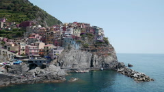 Picturesque view of Manarola harbour, Laguria Stock Footage