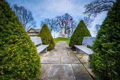 Benches and the Francis Scott Key Burial Site at Mount Olivet Cemetery in Fre Stock Photos