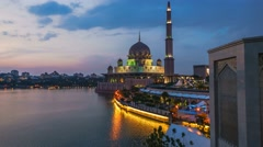 Time lapse sunset at Putrajaya lake. Stock Footage