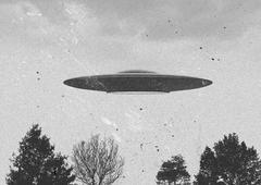 Flying saucer Stock Illustration
