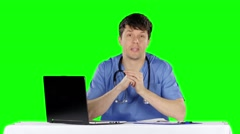 Doctor's consultation. Green screen Stock Footage