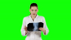 Health worker with x-ray. Green screen Stock Footage