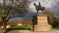 Statue of the Duke of Wellington, London, England. Stock Footage