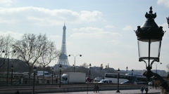 Veiw of Place de la Concorde with the Eiffel Tower on March in Paris. Stock Footage
