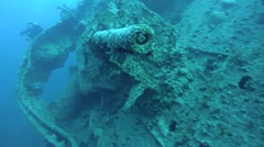 Anti-aircraft gun on the wreck SS Thistlegorm Stock Footage
