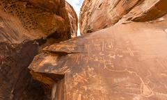 Indian petroglyphs of the Anasazi Atlatl rock Valley of Fire State Park Nevada Stock Photos