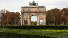The Triumphal Arch (de Triomphe du Carrousel) in front of the Louvre museum, Stock Footage