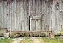 Rundown old barn door Stock Photos