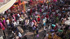 Busy street scene in the Old City, Udaipur, Rajasthan, India Stock Footage