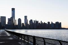Manhattan waterfront and skyline at dusk, New York City, USA Kuvituskuvat