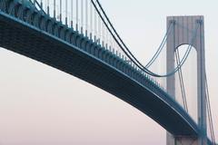 Verrazano-narrows bridge at sunrise, New York City, USA Kuvituskuvat