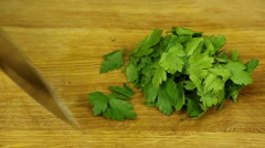 Сhop cilantro Stock Footage