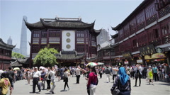 Time lapse at Yuyuan Garden, Shanghai in sunny day Stock Footage