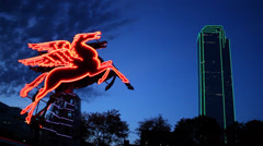 Red Pegasus Sculpture in Downtown Dallas Stock Footage