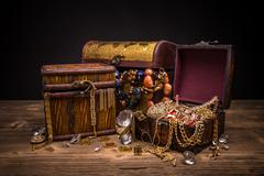 Small pirate treasure chest - stock photo