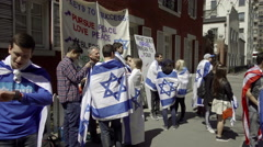 Jewish NYU students wrapped in Israeli flag in New York City in 4K and 1080 HD Stock Footage