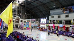 Inside the railway station Hua Lamphong in Bangkok Stock Footage