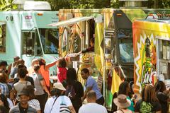 Food Trucks Serve Large Crowd At Atlanta Festival Stock Photos