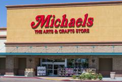 Michaels Retail Store Exterior and Sign Stock Photos