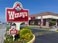 SEASIDE, CA/USA - MARCH 27, 2014:  Wendy's fast food restaurant exterior and  Stock Photos