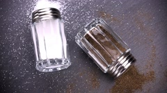 Rotating Salt- and Peppershaker (seamless loopable; 4K) Stock Footage