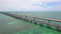 7 mile bridge florida keys Stock Footage