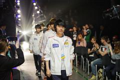 South korea player team LAN final WePlay League Season 3 Dota 29 April - 1 Ma Stock Photos