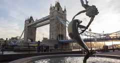 Time lapse 5k of the famous Tower Bridge in London, Uk. Editorial use only. Stock Footage