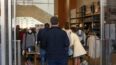People tourists shopping in capital of fashion - Milan Italy Stock Footage