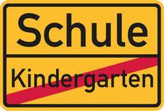 From Kindergarten to school - german sign Stock Illustration