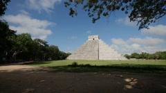 Time lapse Mayan pyramid Chichen Itza 2 Stock Footage