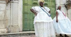 Brazilians woman - Baianas - dancing in Salvador (Pelourinho), Bahia, Brazil Arkistovideo
