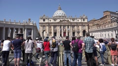 4K Vatican, Rome, People in Saint Peter's Square, Tourists, St Peter's Basilica Stock Footage