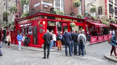 Tourists walking in the Temple Bar area, Dublin, Ireland Stock Footage
